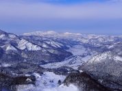【4】「南郷ブルー」と呼ばれる雪景色